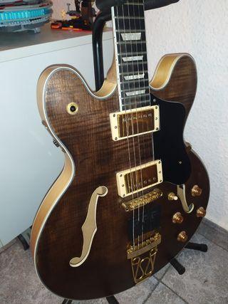 Guitarra 335 Híbrida Luthier