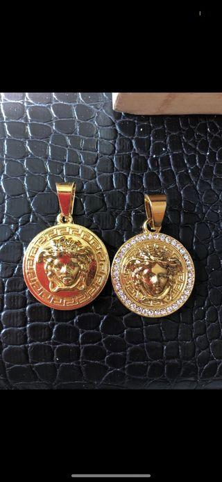 Medalla versace