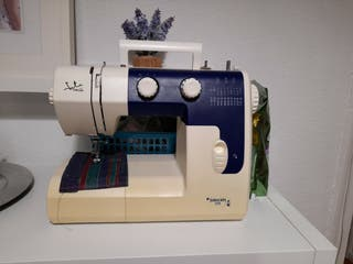 Maquina coser.