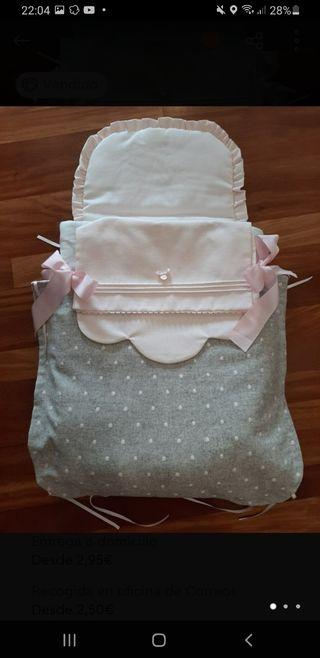 bonito saco para bebe es universal de capazo
