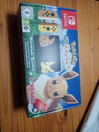 Nintendo Switch LET'S GO EEVEE! + POKÉBALL