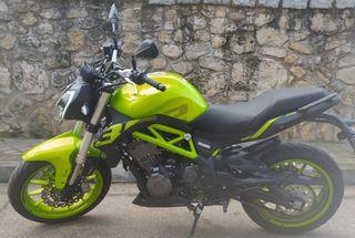 moto Benelli bn302