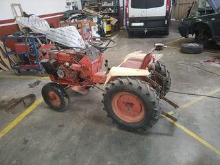 tractor pequeño