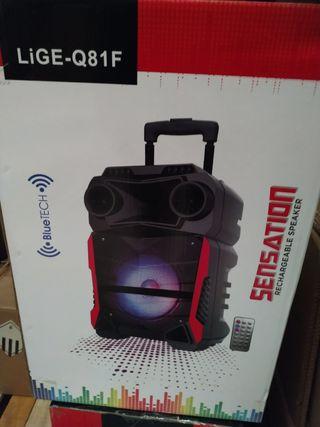 altavoces con Bluetooth y microfono