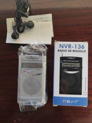 Radio de Bolsillo Nevir + Auriculares