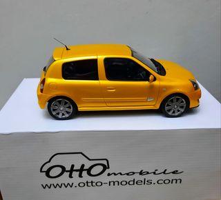 Coche colección escala 1/18 Otto Mobile