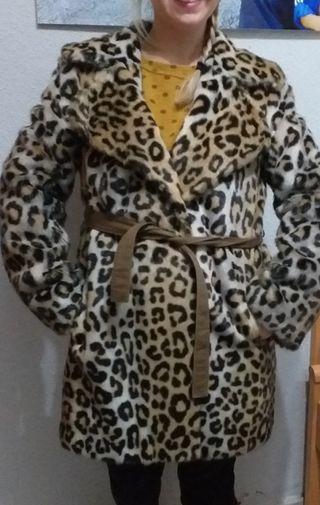 abrigo de piel sintética leopardo