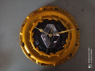 reloj Renault