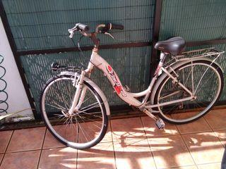 Bicicleta de paseo con cambio
