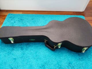 Estuche Taylor para guitarra acústica