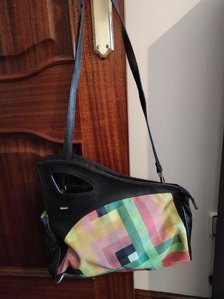 Bolso multicolor y original diseño Skunkfunk