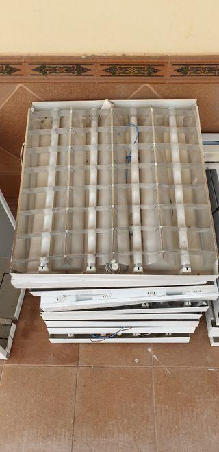 17 lamparas cuadradas en perfecto estado