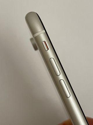 iPhone XR 64 go blanc