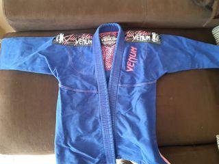 Kimono jiu jitsu marca Venum