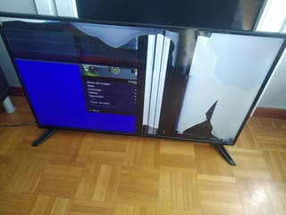 """TV TD Systems 40"""" LED."""