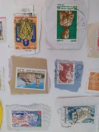 Lote de 50 sellos de España, Francia y Finlandia.