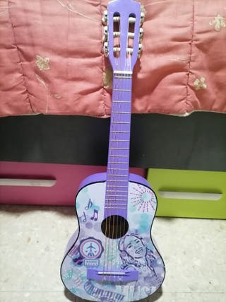 guitarra pequena