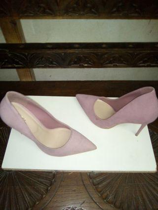 zapato tacón aguja alto