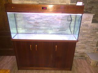 Se vende acuario 240l mueble y estructura