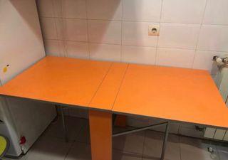 Mesa muy plegable