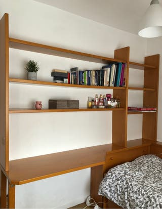 Mueble de madera para habitación