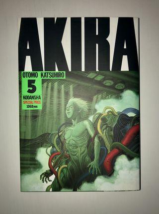 Akira 5 versión japonesa
