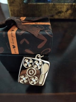 Colgante Sombras de ojos París mod. Chanel Dorado