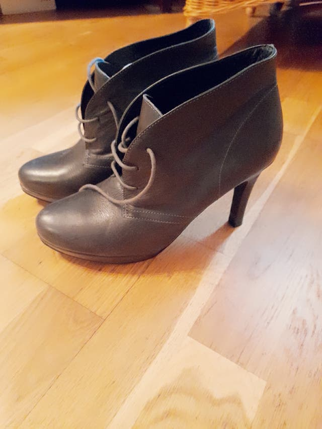 chaussures. sandales