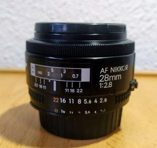 Objetivo Nikon - AF Nikkor 28mm 1:2.8