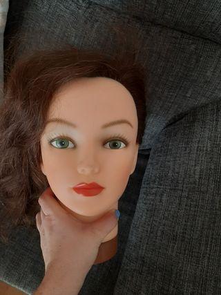 muñeca de peluqueria