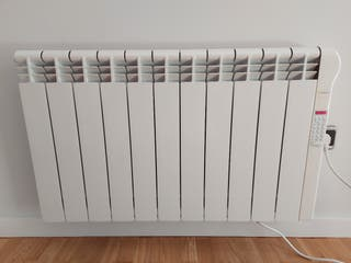 Radiador electrónico Rointe pared.