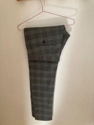 Pantalón clásico Zara para hombre talla 44 eu