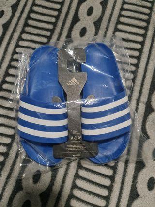 Chanclas Adidas Nuevas