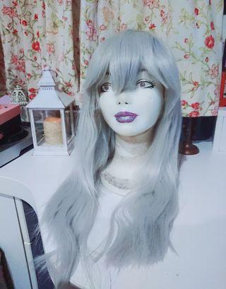 Peluca gris plateado blanco