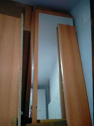 armario de 4 puertas con cajonera de 4 cajones