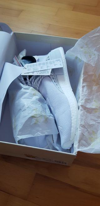 Adidas Pharrell HU NMD white