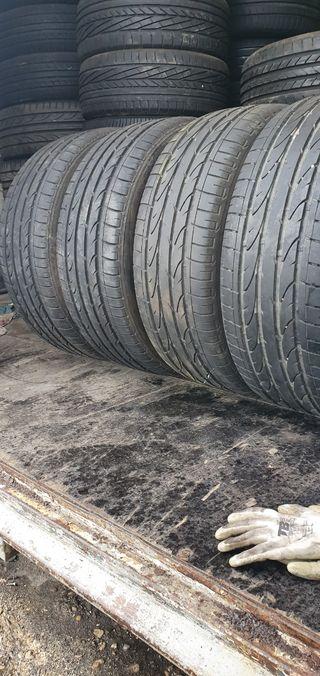 cuatro unidades Bridgestone 235/45/19/ al 80%