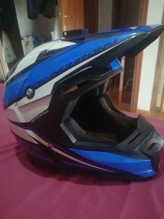 Casco de moto MT talla S (55-56cm)
