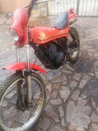 Moto Montesa Cota 74