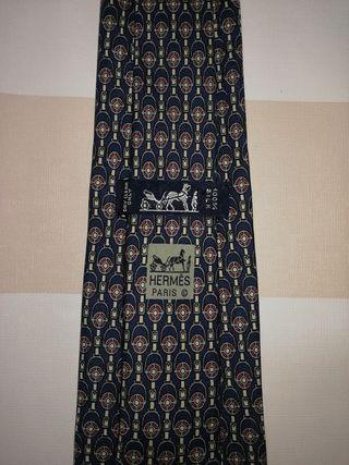 corbata Hermes sin estrenar hebilla