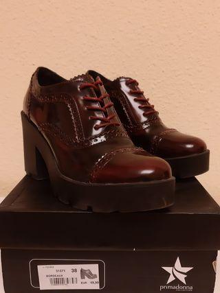 Zapatos plataforma tacón grueso 38