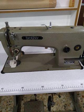 Maquina de coser BROTHER