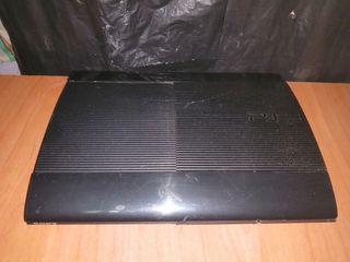 PLAYSTATION 3 SÚPER SLIM 12GB + MANDO + CABLES