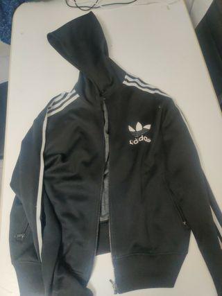 Chaqueta Adidas negra con gorro hombre M
