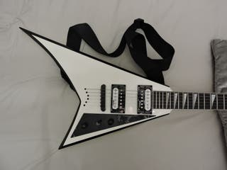 Guitarra eléctrica Jackson JS32T Rhoads