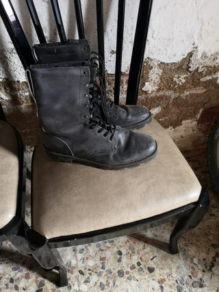 botas militar de la marca segarra de piel