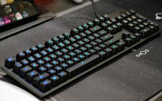 Logitech G512 teclado mecánico rgb