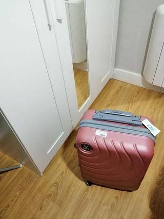 maleta a estrenar