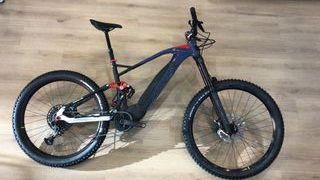 Bicicleta montaña eléctrica FANTIC XEF 1.9 RACE
