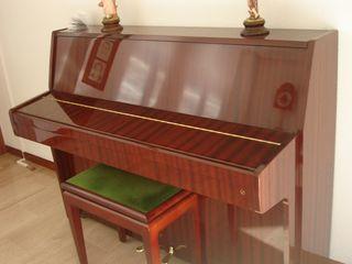 piano Kawai -urge vender